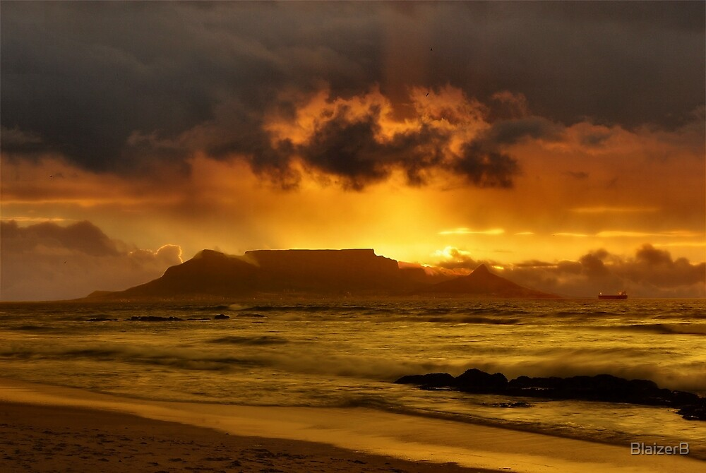 Table Mountain by BlaizerB