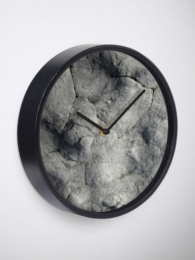 Alternate view of Rock Face Style Clock
