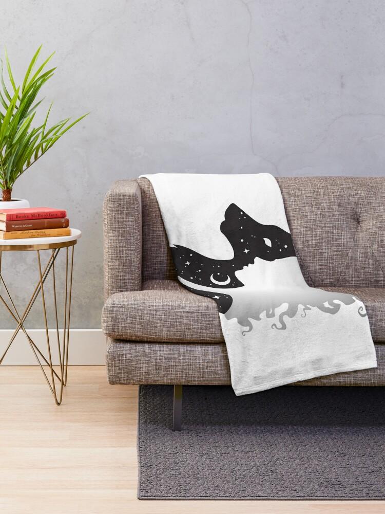 Alternative Ansicht von Sie Wolf Frau und Wolf mit Mond und Sternen Fleecedecke
