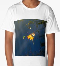 Autumn maple leaf on the blue lake water, calm colorful postcard Long T-Shirt