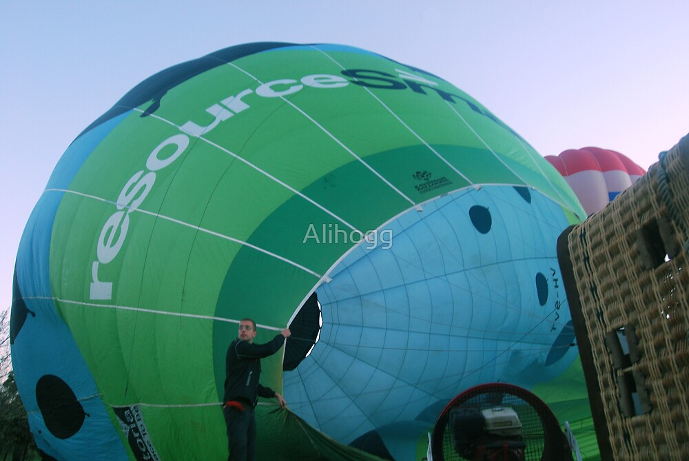 Hot Air Cold Morning by Alihogg
