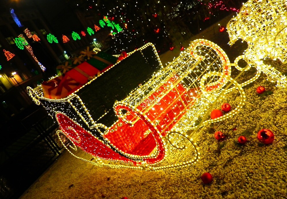 Santas Sleigh by ©The Creative  Minds