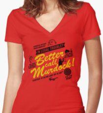 Besser anrufen Murdock! Tailliertes T-Shirt mit V-Ausschnitt