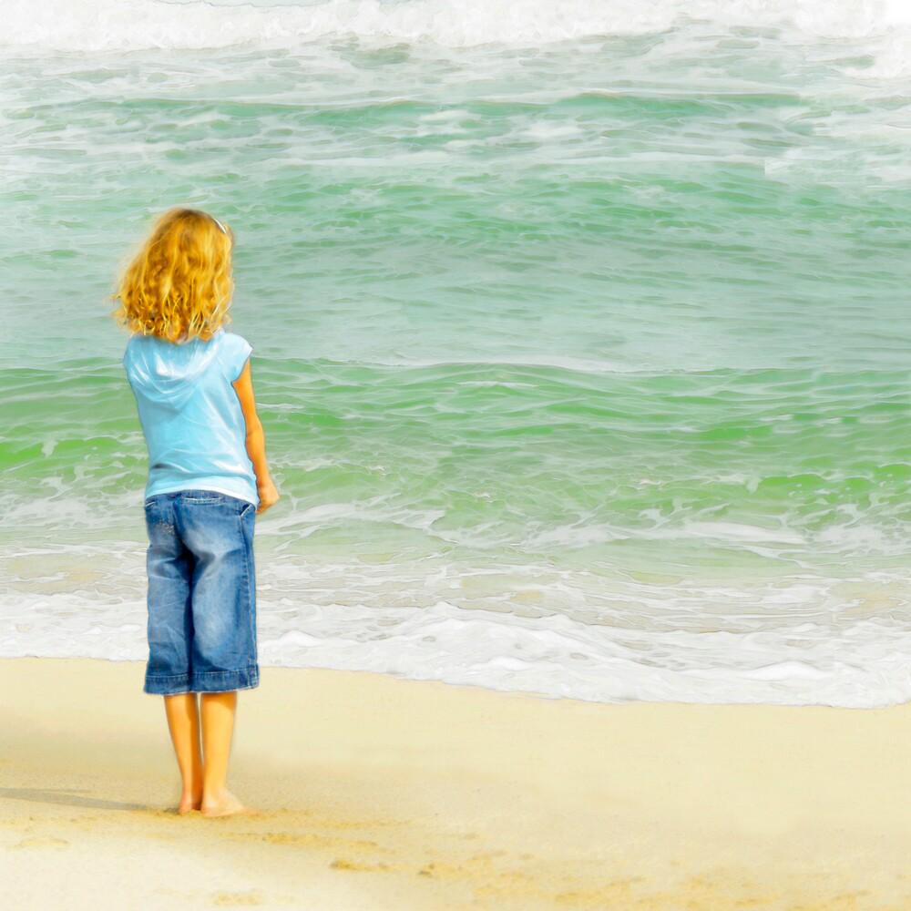 Surf Watcher by Francesa