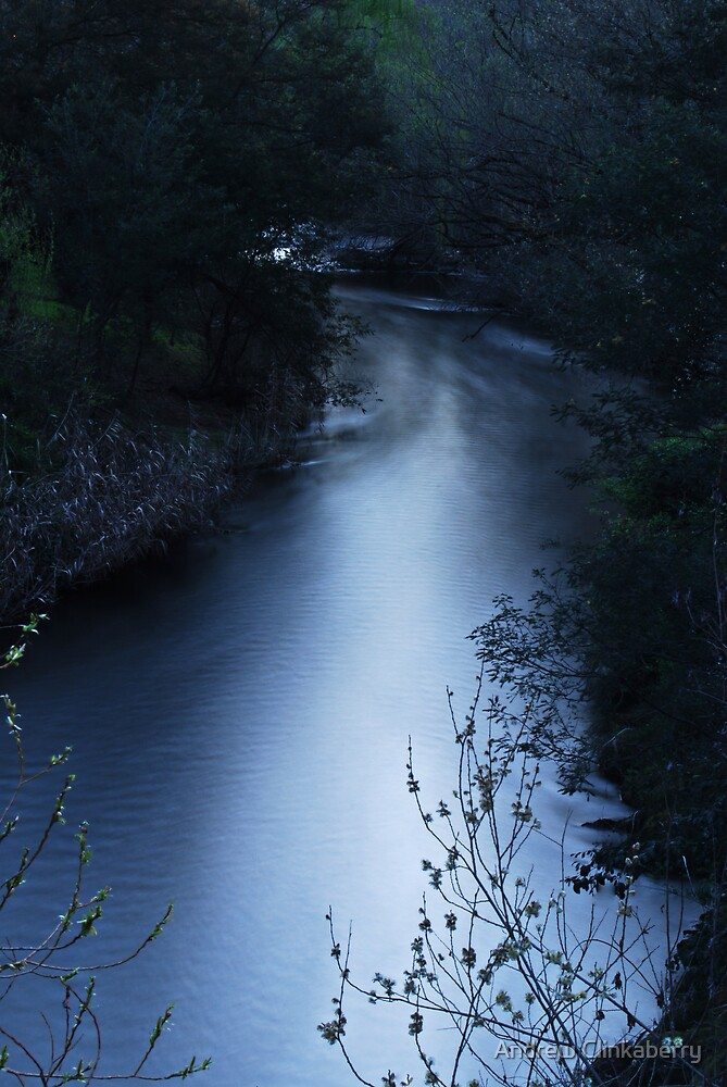 Ovens river very late in the evening by Andrew Clinkaberry
