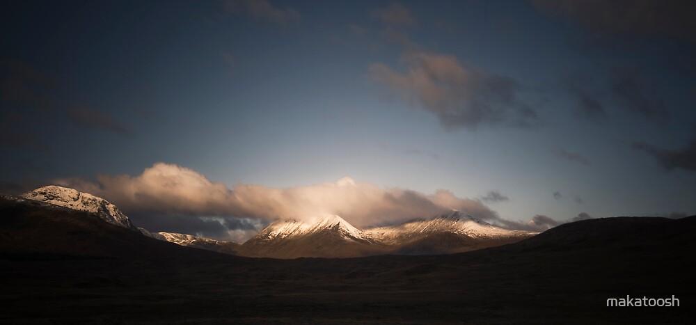 Snow Peaks by makatoosh