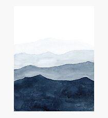 Lámina fotográfica Montañas Ombre   Acuarela abstracta de índigo