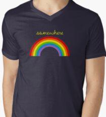 Camiseta para hombre de cuello en v En algún lugar sobre el arco iris