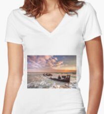 Shipwreck SS Carbon Women's Fitted V-Neck T-Shirt