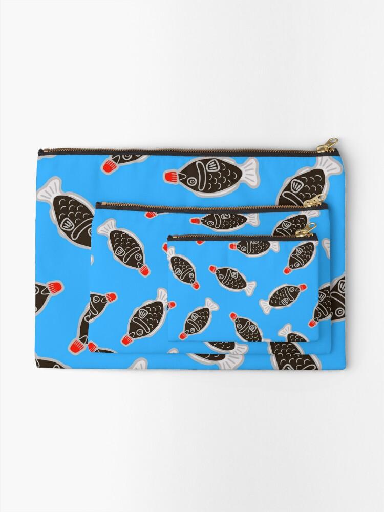 Vista alternativa de Bolsos de mano Sushi Fish Fish Pattern en azul