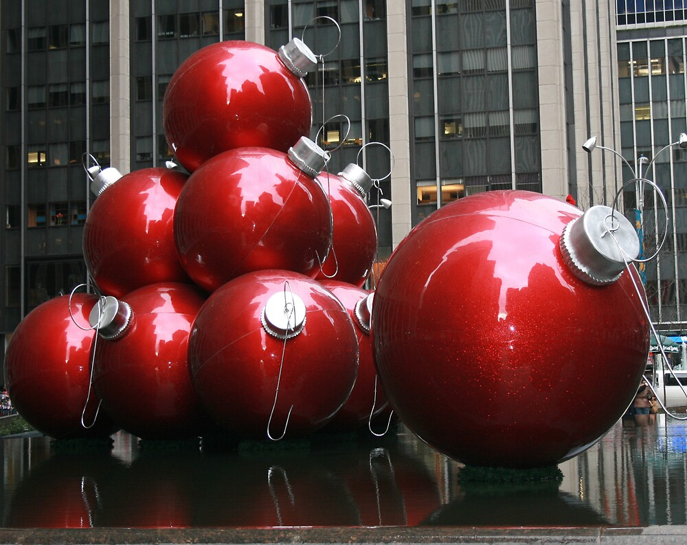 RED CHRISTMAS ORNAMENTS by BOLLA67