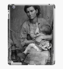 Dorothea Lange, Migrant mother (alternative), Nipomo, California, 1936 2 iPad Case/Skin
