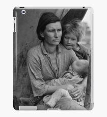Dorothea Lange, Migrant mother (alternative), Nipomo, California, 1936 iPad Case/Skin