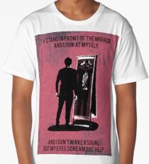 I stand in front of the mirror. Long T-Shirt
