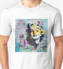 Marilyn Monroe - street art T-Shirt