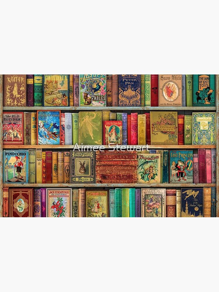 A Daydreamer's Book Shelf by Foxfires