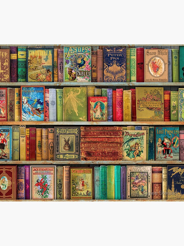 A Daydreamer's Book Shelf by Foxfires