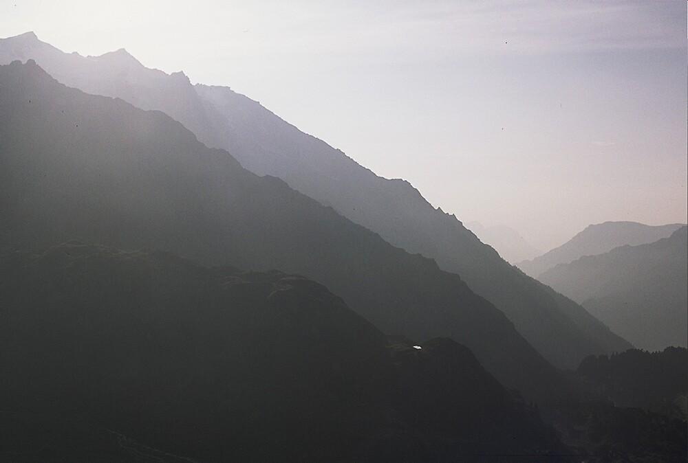 Grimsell Pass by gondwana