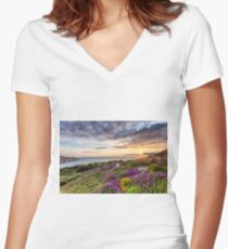 The Needles At Sunset Isle Of Wight Women's Fitted V-Neck T-Shirt