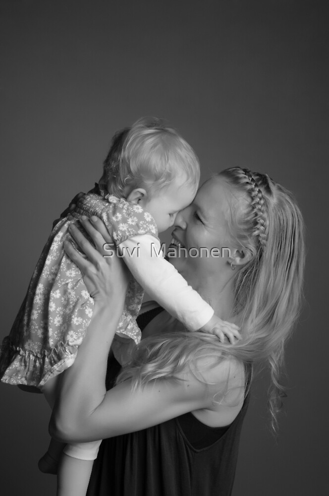 Suvi Mahonen With Daughter Amity by Suvi  Mahonen