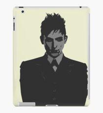 Penguin portait - Gotham iPad Case/Skin