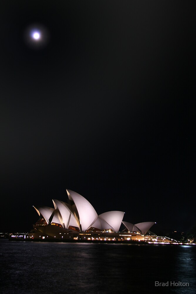 Sydney Opera House by Brad Holton