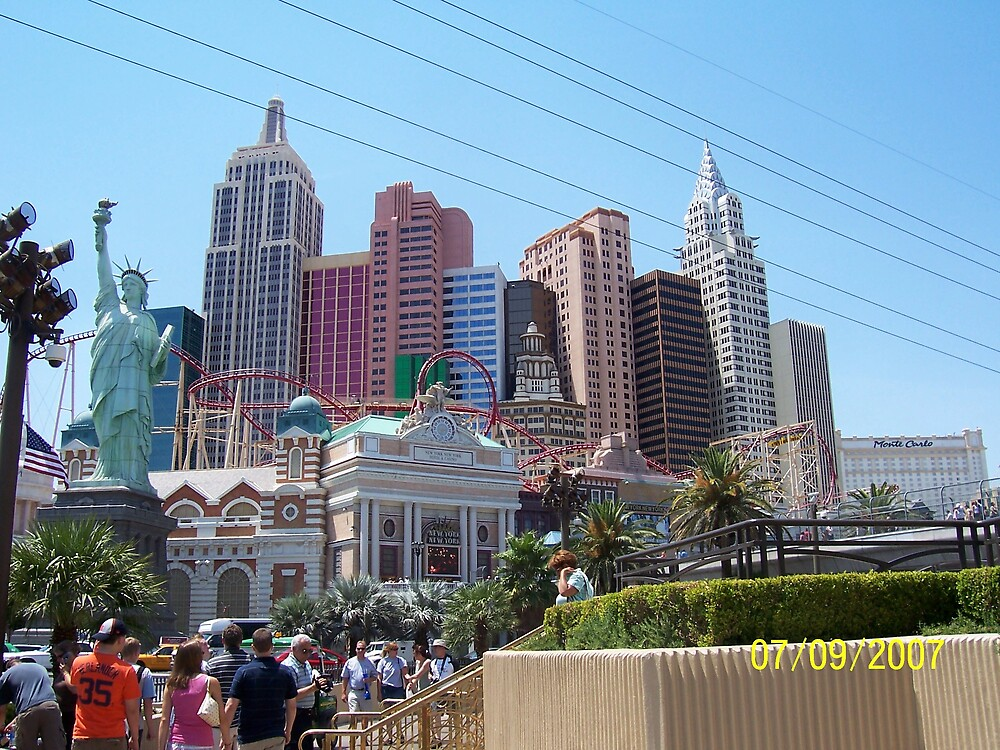 New York, New York Hotel, Las Vegas by HungarianGypsy