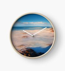 Surf at the Giants Causeway Clock