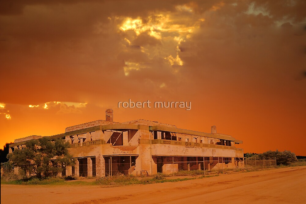 Dust Storm at BIG Bell Pub by robert murray