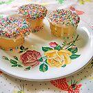 rainbow cupcakes by villavillakula