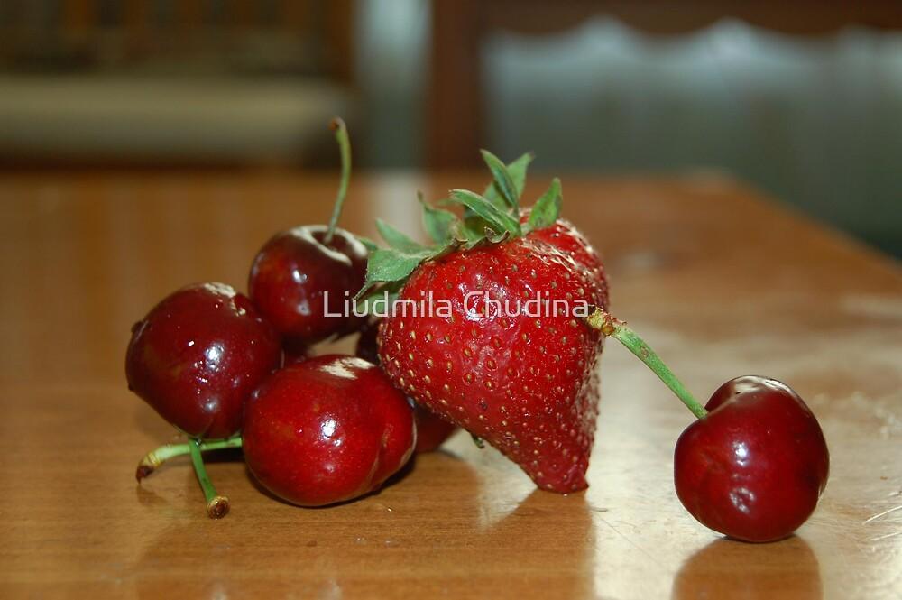 Strawberry & Cherries by MiLa