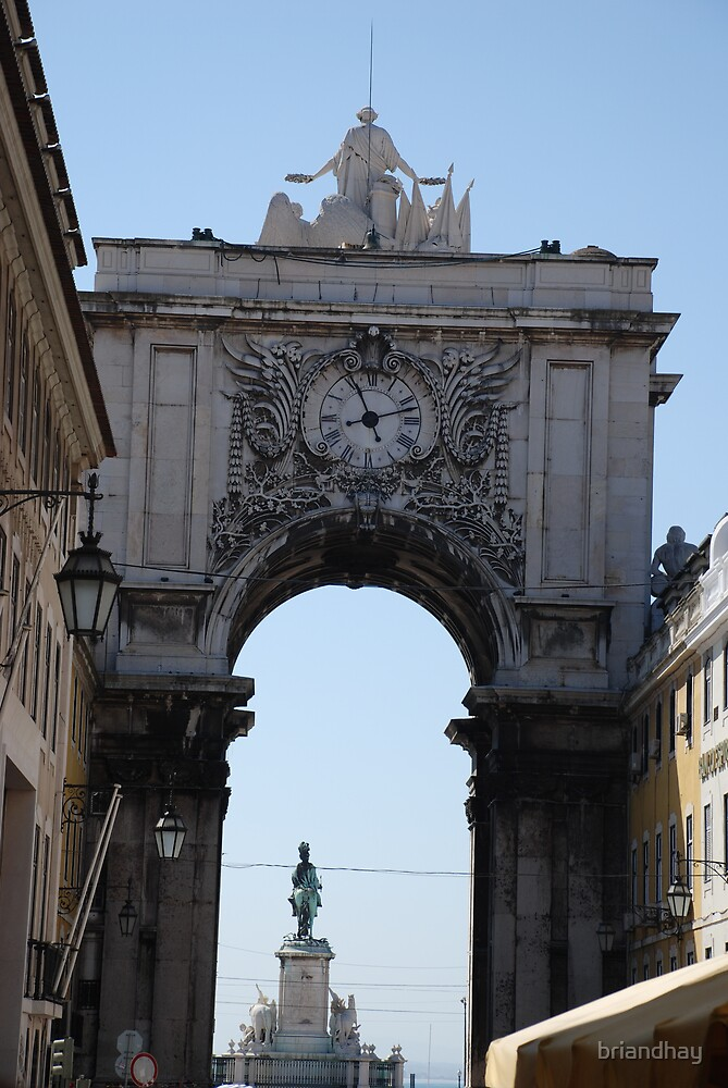 archway in Lisbon by briandhay