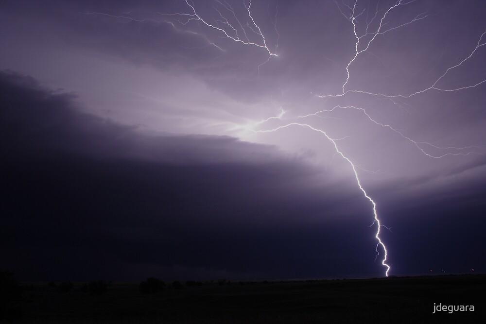 Anvil crawlers strikes the ground! South Dakota USA by jdeguara