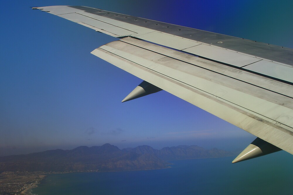 Flying into Cape Town by rozi