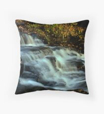 river she keeps on flowing Throw Pillow
