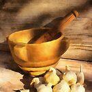 Mortar and Garlic by jean-louis bouzou