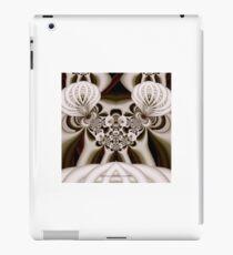 FE SCULPTURE iPad Case/Skin