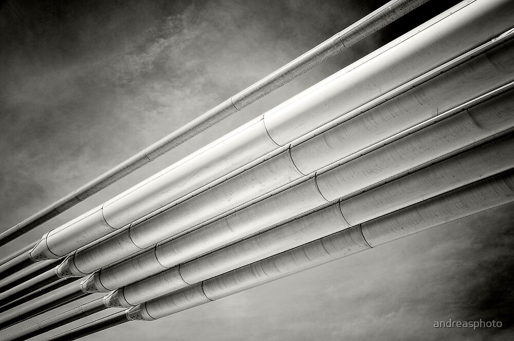 steel and sky by andreasphoto