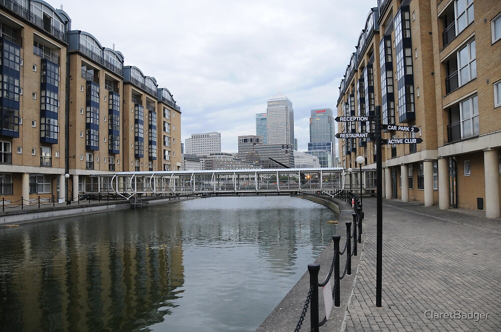 Canary Wharf by ClaretBadger