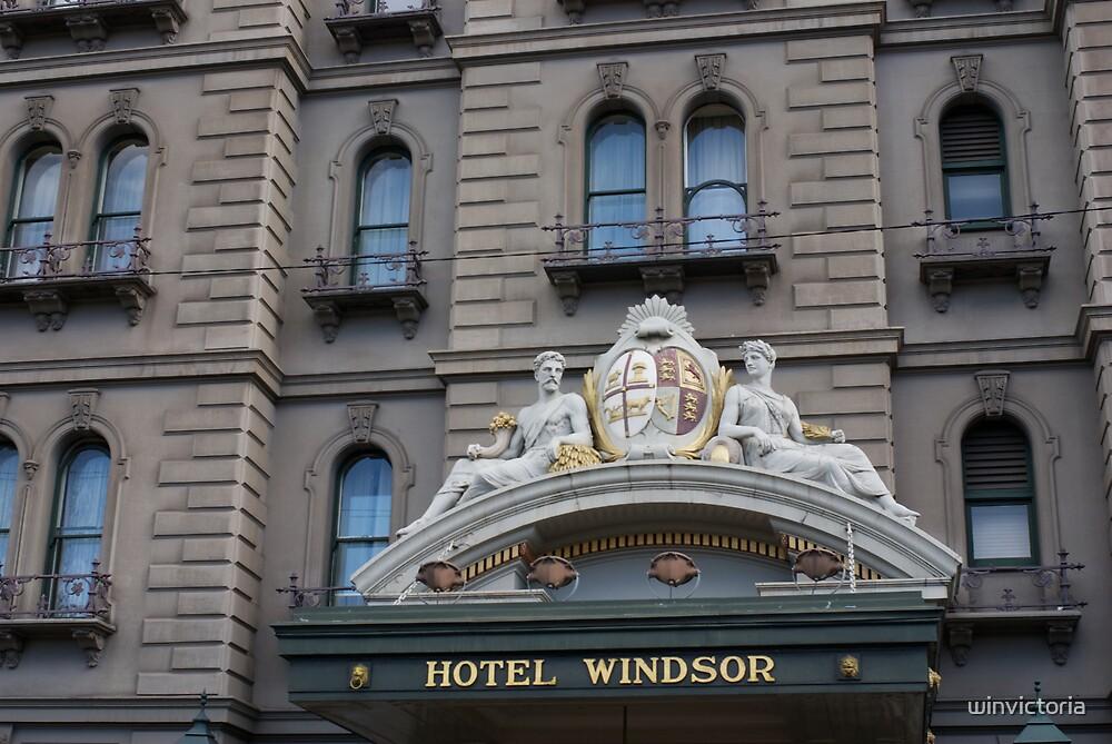 Melbourne by winvictoria