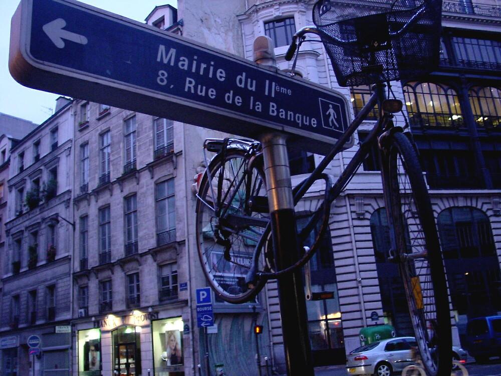 3-Dimensional Parisian Road Sign by mkl .