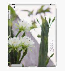 Princess of the Night - Blooming in Abundance iPad Case/Skin