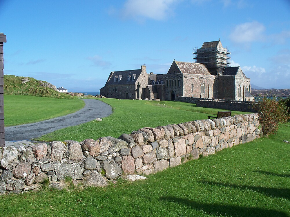 Iona Abbey by linedanceAl