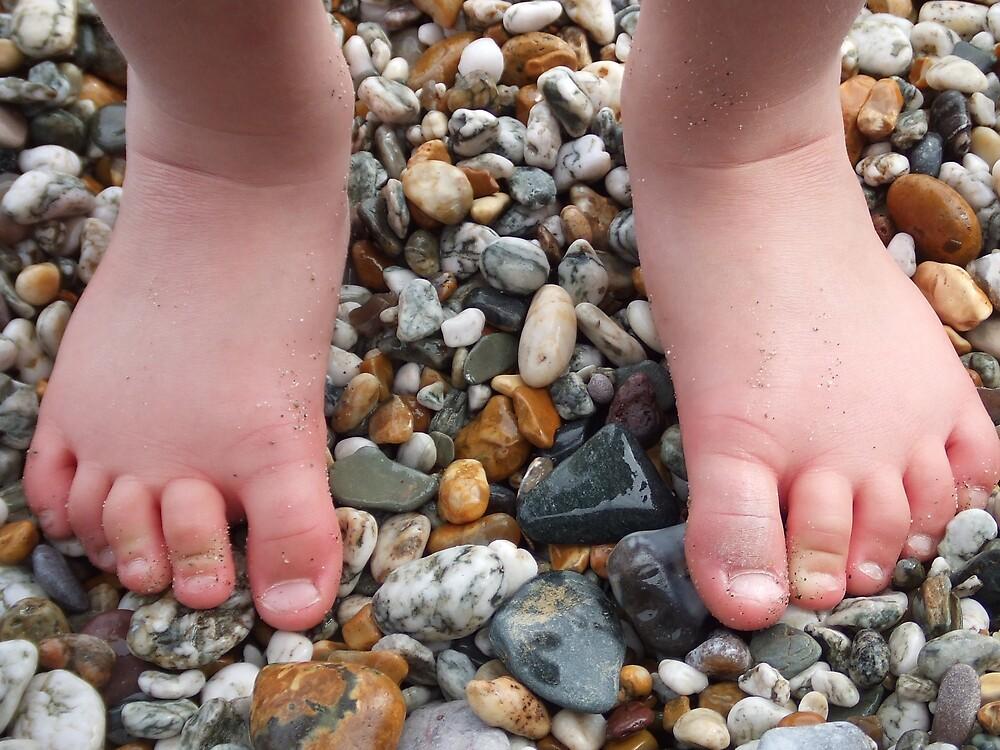 Pebble feet. by Dean Taylor