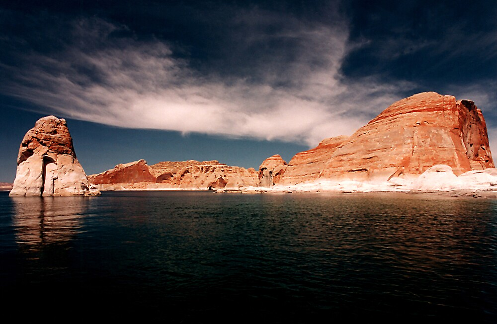 A day at Lake Powell by steveberlin