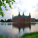Frederiksborg castle in Denmark by loiteke