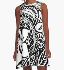 Zirkuläre polynesische weiße florale Tätowierung A-Linien Kleid