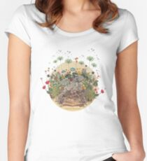 FANTASTIC BOTANICAL Women's Fitted Scoop T-Shirt