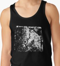 Cracked Wood Creature - Shee Texture / Pattern Men's Tank Top