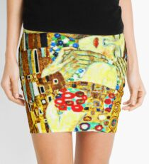 The Kiss, Closeup Mini Skirt